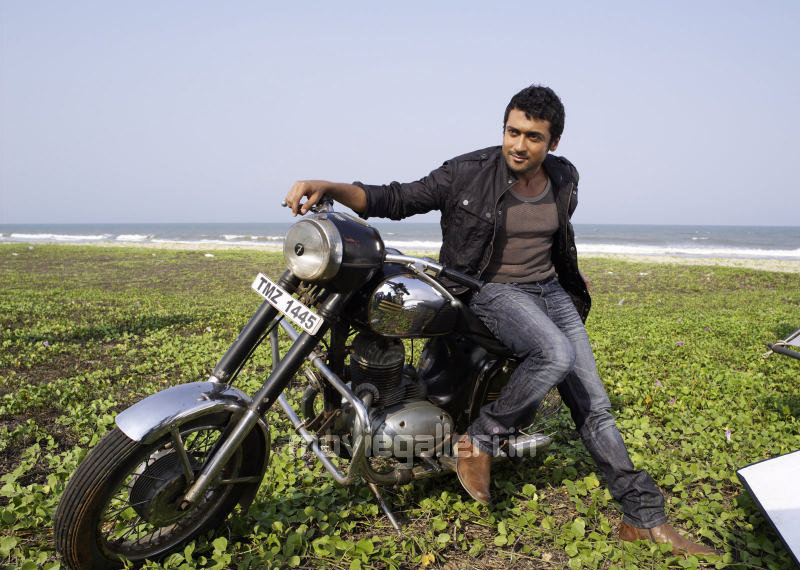 VS.RAMESH5005: Aamir keen on 7am Arivu - The Times Of India Article