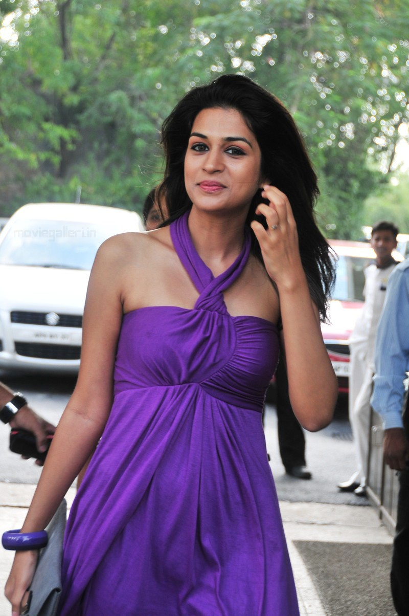 , Shraddha Das Latest Hot Stills
