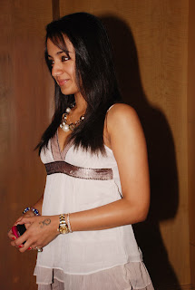 trisha_g_venket_ram_photography_launch_02.jpg