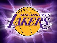Huge Lakers Fans