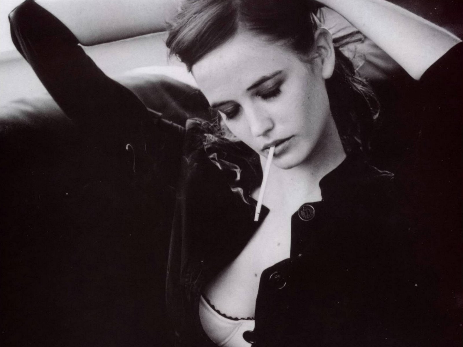 Dark Haired And Freckly Eva Green Is An Absolute Dream