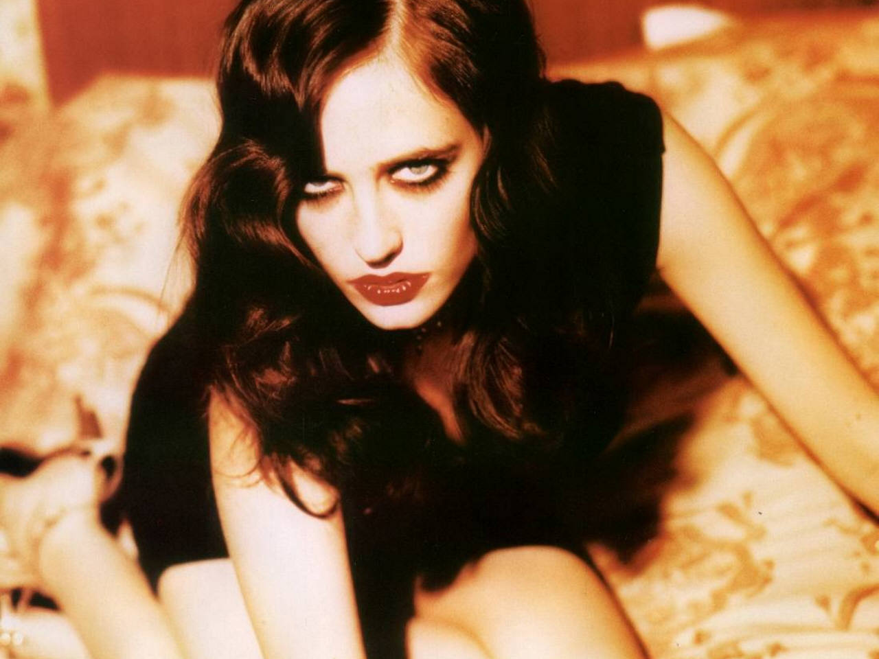 Share To Twitter Share To Facebook Labels Eva Green Style Icon