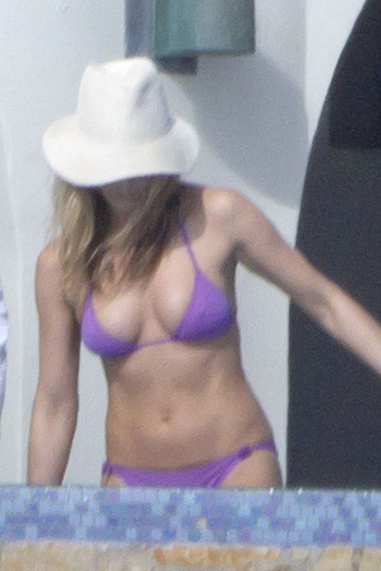 Upskirt bikini pics