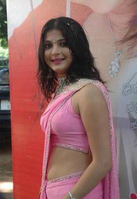 HOT SOUTH INDIANA ACTRESS NICOLE IN BIKINI