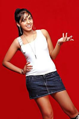 INDIAN ACTRESS SHAMMU HOT PICS