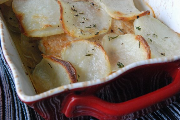 Côtes de Porc Flamande (Baked Pork Chops with Potatoes and Thyme)