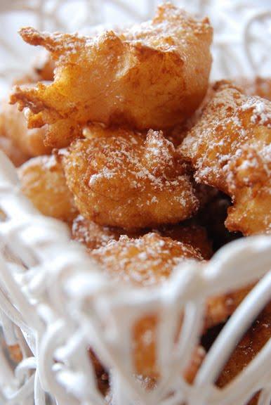 Pets de Nonnes (Choux Pastry Fritters with Apricot Sauce)
