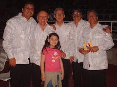 """Andrea Cermeño junto al grupo """"Carota,Ñema y Taja"""""""