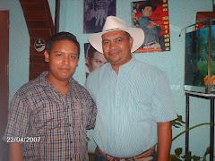 """Jesus A. cermeño junto a Luis Franco """"El pajaro de Venezuela"""""""