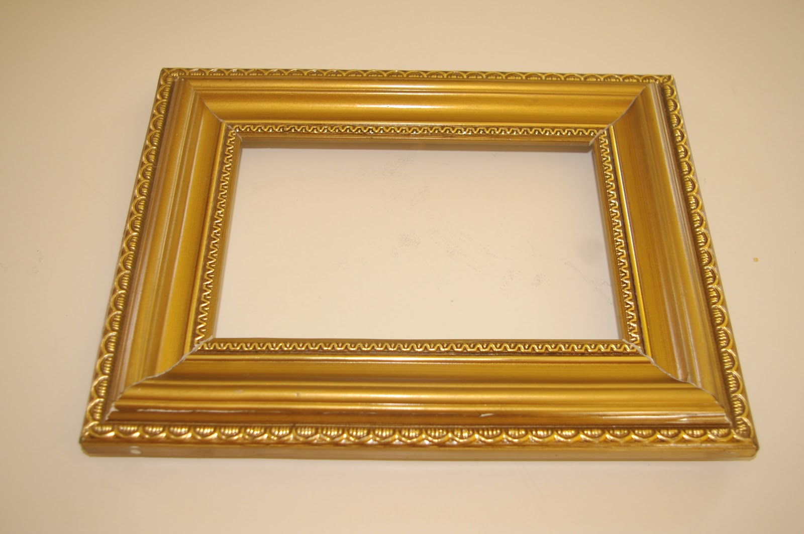 dollar store frame spruce up - Dollar Store Picture Frames