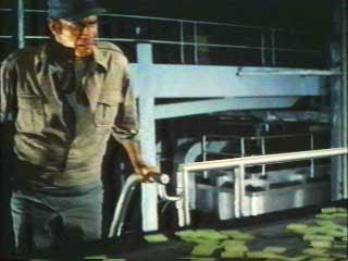 Dedektif Thorn soymer ile karşı karşıya