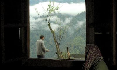 Pencereden dolan hüzün