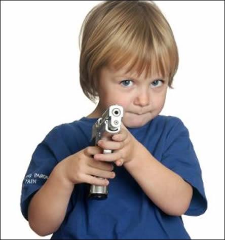 http://4.bp.blogspot.com/_6cSe4mZeN_0/TQGGo1Sdq0I/AAAAAAAAALA/7P_RlfDLXq8/s1600/child_gun_444.jpg