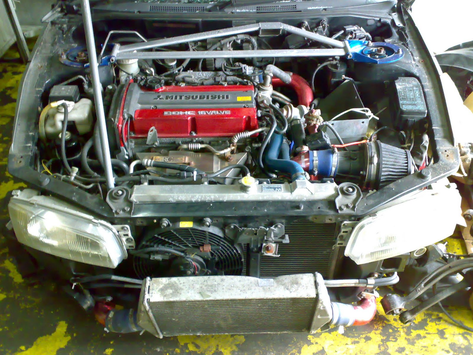 Mitsubishi Lancer EVO 4 Upgarde To EVO 6 Half Cut CKD,Within Alot Branded Performance  Parts) *Without Interior*