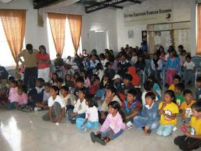 Fiesta de navidad2010 a los niños del CCFE