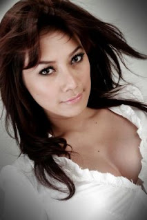 Ratih Kusuma Foto Model FHM Seksi Indonesia