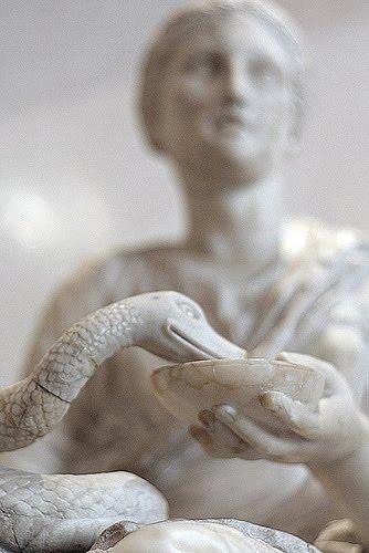 เทพไฮเจีย เทพีไฮจีเอีย งู snake Hygiea hygieia Goddess God greek