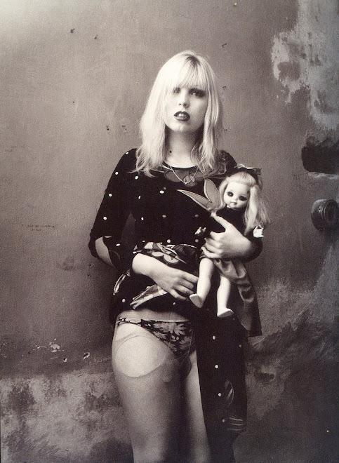 """THE DOLLS"", ΦΩΤΟΓΡΑΦΟΣ: JAN SAUDEK, 1975."