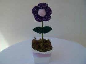 Cachepo Flor de Fuxico, aromatizada na cor de sua preferência