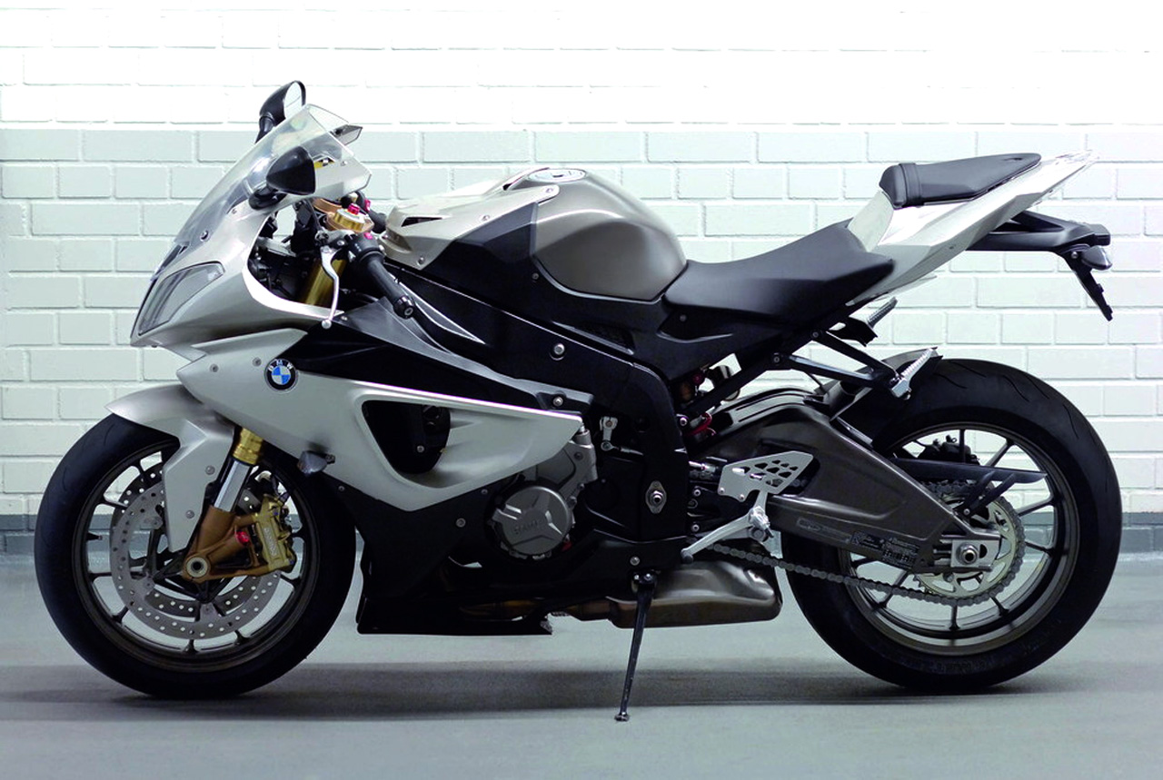 The futuristic motorcycles bmw s 1000 rr 2010 new for Yamaha rr 1000