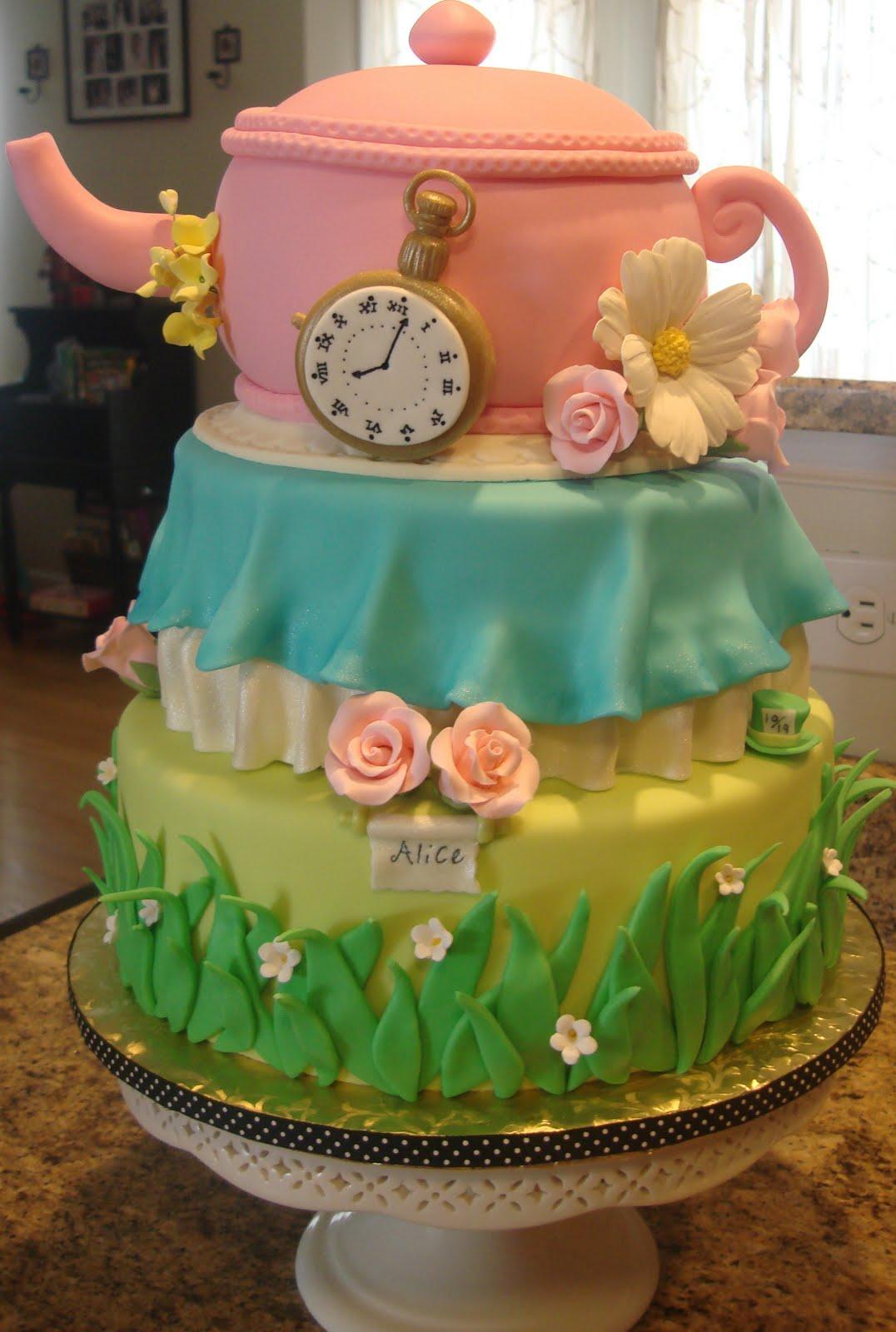 debby 39 s cakes an alice in wonderland inspired baby shower cake