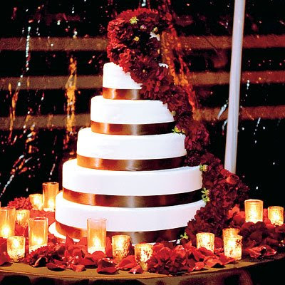 You 39d be priviledged to have her do your wedding cake