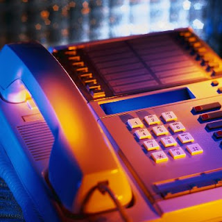Leaving effective voicemails increases your sales credibility.