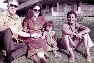 Stanley Dunham, Ann Dunham, Maya Soetoro y Barack Obama