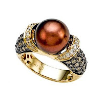 Pearl Ring with Chocolate Diamonds