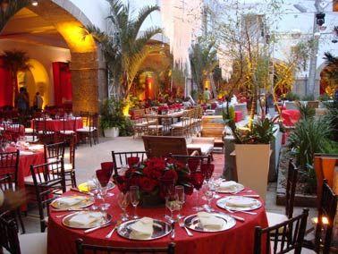 20080924120000_35009_large_decoracao-de-mesa-do-casamento-de-lavinia-e-celso