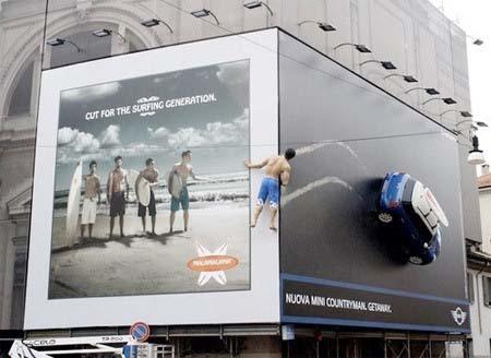 Foto-foto iklan yang unik dan aneh
