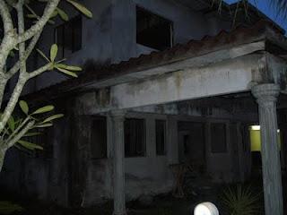 rumah angker, rumah hantu, hantu penunggu rumah, seram, misteri, alam ghaib