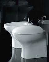 Consigli per la casa e l 39 arredamento come pulire il bagno sanitari specchi vetri c - Come pulire i sanitari del bagno ...