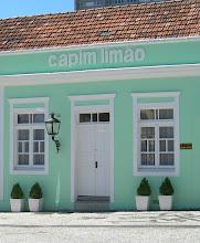 uma casa antiga ... (No centro historico de Curitiba)