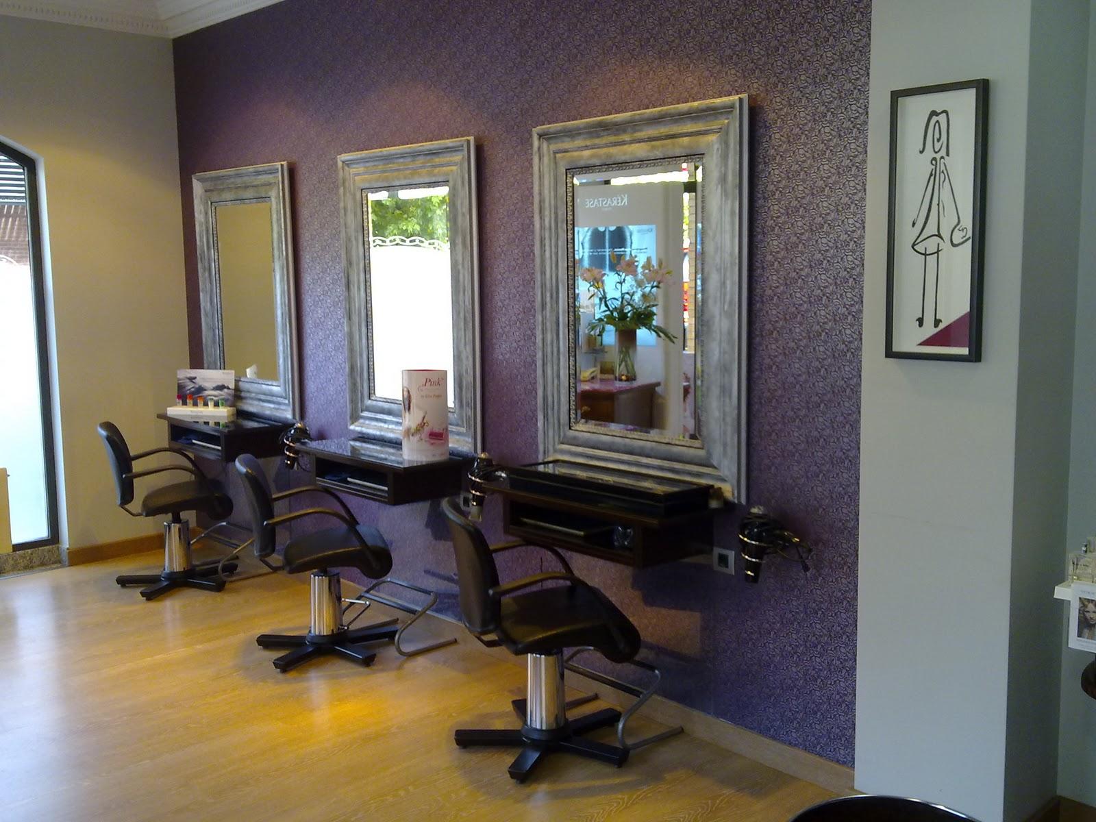 Doos interiorismo peluquer a con aire art nouveau - Como amueblar una peluqueria ...