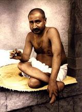 "<a href=""http://www.angelfire.com/realm/bodhisattva/sadguru.html"">Sri Siddharameshwar Maharaj</a>"