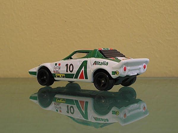 http://4.bp.blogspot.com/_6peztR6_A90/TGTkJc_sRPI/AAAAAAAABC4/S41h2RA1cuA/s1600/lancia-rally2.JPG