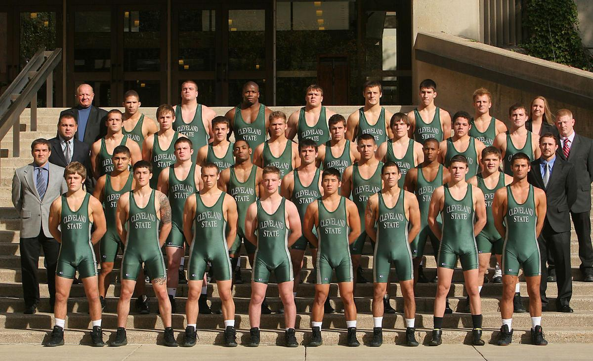 Hot High School Wrestling Bulges http://meninnylon.blogspot.com/2010/04/its-still-april-1st-hereso-april-fools.html