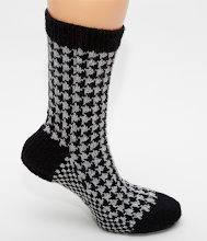 Houndstooth Custom Knitting