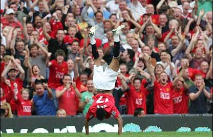 Man Utd Wallpaper   Nani Celebration style   Go Sport Blog