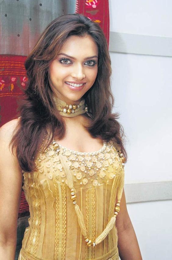 Deepika Padukone hot foto
