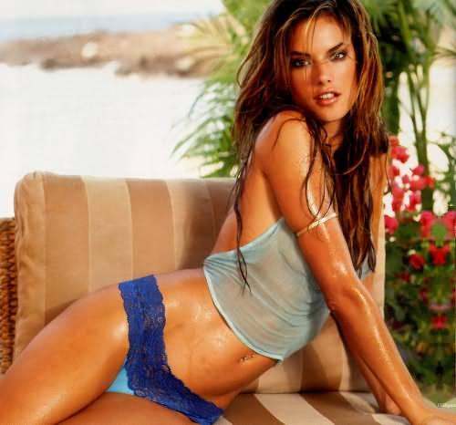 Alessandra Ambrosio Hot Pic