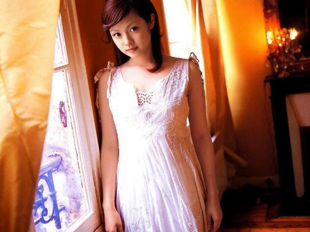 Fukada Kyoko sexy pic