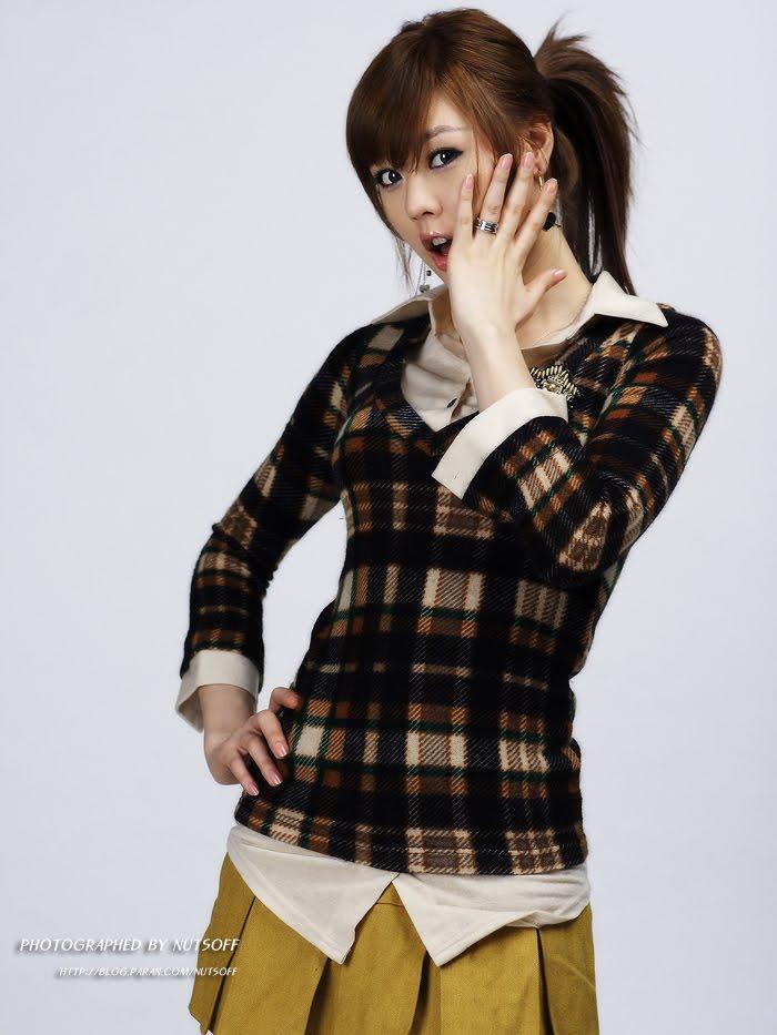 Hwang Mi Hee hot picture
