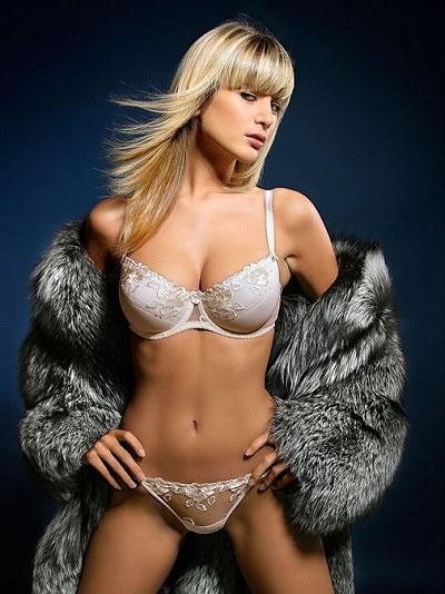 Iveta Lutovska sexy pic