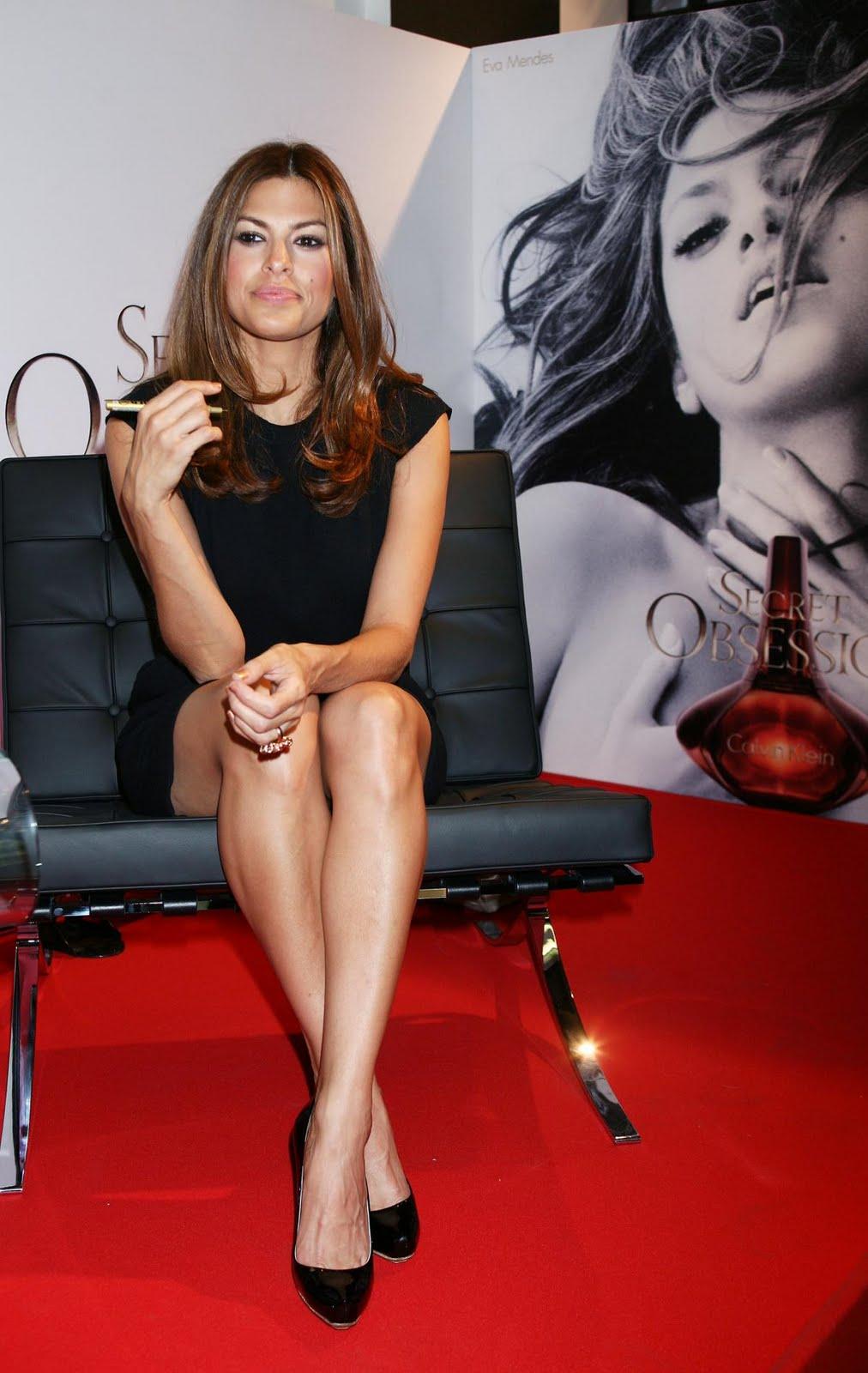 Eva Mendes hot picture