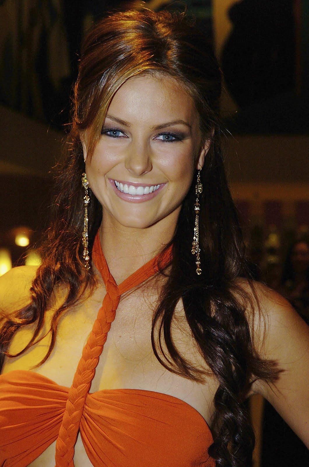 Jennifer Hawkins Image