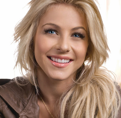 Julianne Hough Hot
