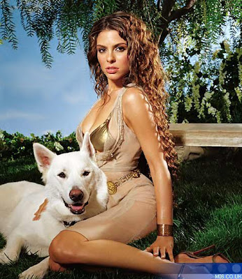 Maria Menounos sexy foto