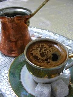 türk kahvesi nasıl servis edilir